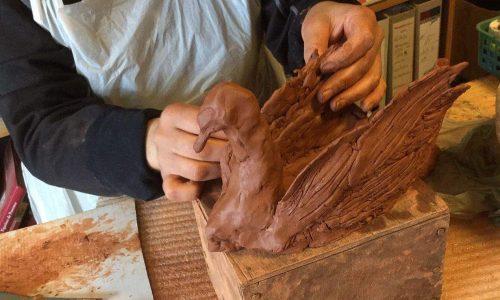 Atelier modelage d'argile par Patrick Volpes